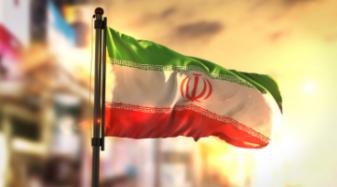 """Voormalig kroonprins verwacht komende maanden omwenteling in Iran: """"Slechts een kwestie van tijd"""""""