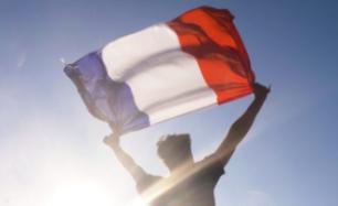Na wekenlange stakingen: regering in Parijs ziet af van verhoging van de pensioenleeftijd